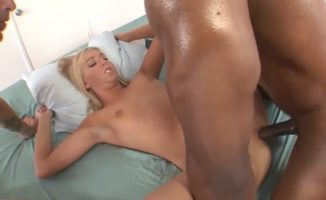 Blowing blonde pussy
