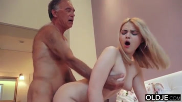 Young girl experiencing family sex fucking with stepfather