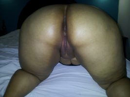 Mature Dominican and her nude photos