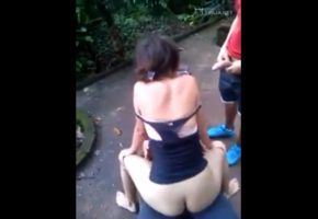 Brazilian giving sex to her friends outdoors