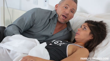 Young girl fucks her stepfather on waking