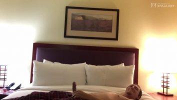 Vídeo grabado follando en un hotel con la negra