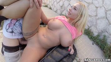 The beautiful kyra hot having sex outdoors