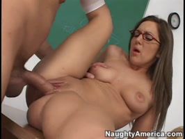 Kiera king having sex on the classroom table