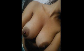 Brazilian busty adolescente
