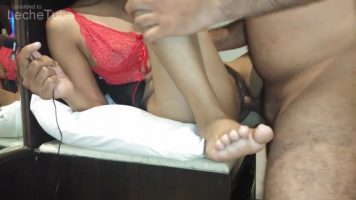 Mohini Madhav fucked in the office by the job manager