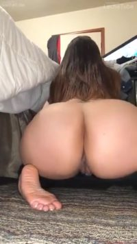 Bootylicious Perfect Ass Girlfriend Makes Hot Amateur Cool Video